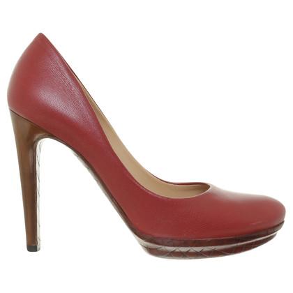 Bottega Veneta pumps in het rood