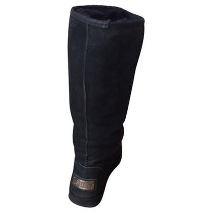 Ugg Lammfellstiefel in Schwarz
