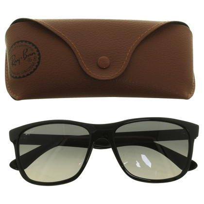 Ray Ban Sunglasses in black