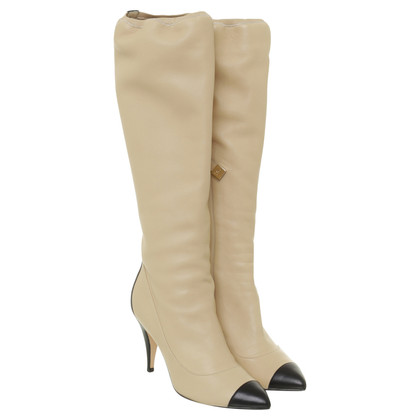 Chanel Two-Tone Stiefel