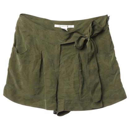 Diane von Furstenberg Shorts made of silk