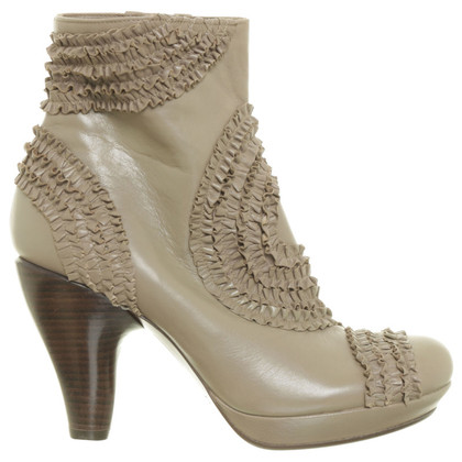 Chie Mihara Beige ankle boots