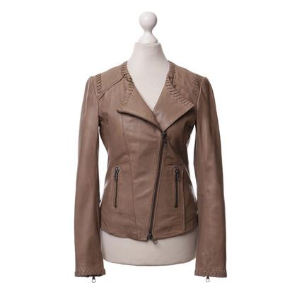 Set  Light brown leather jacket