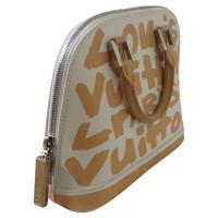 Louis Vuitton Handbag in white