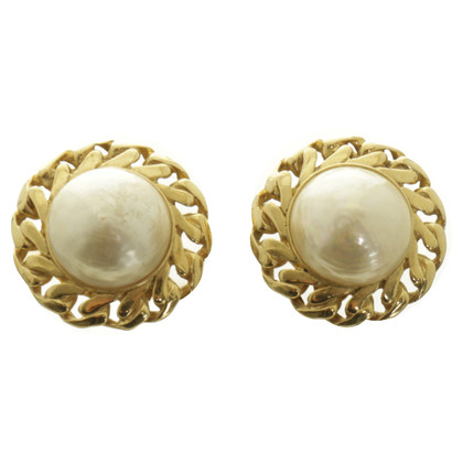 Nina Ricci Clip earrings with pearls