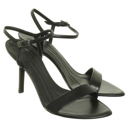 Hugo Boss Hoge hak sandaal in zwart