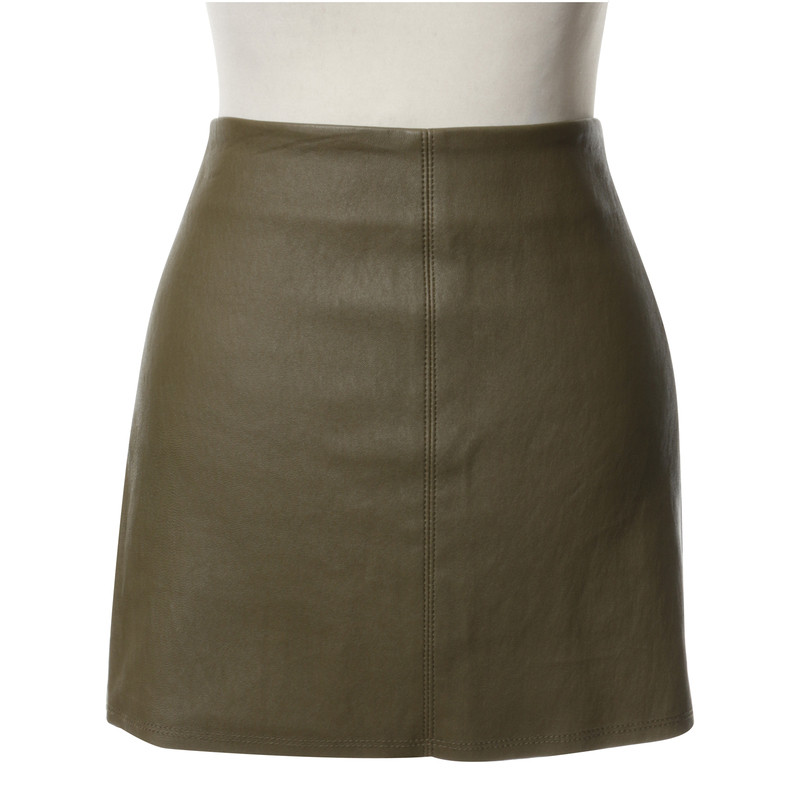 Alice + Olivia Leather skirt in green