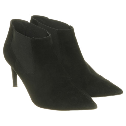 Diane von Furstenberg Ankle boots in the Chelsea style