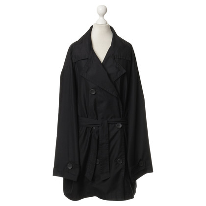 Airfield Trench coat in black