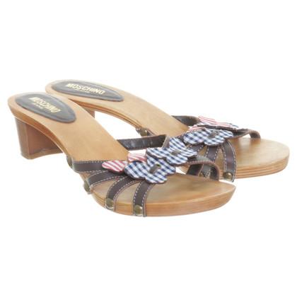 Moschino Legno di sandalo