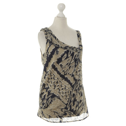 BCBG Max Azria Top with silk