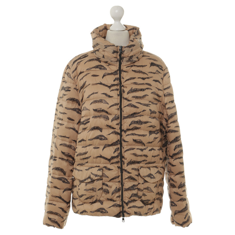 Marc Cain Daunenjacke mit Muster Second Hand Marc Cain