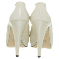 Bally Peep-toes in cream