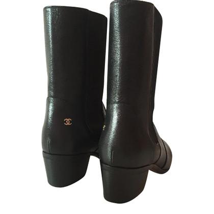 Chanel Schwarze Stiefel