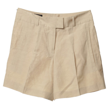 Escada Shorts made of linen and silk