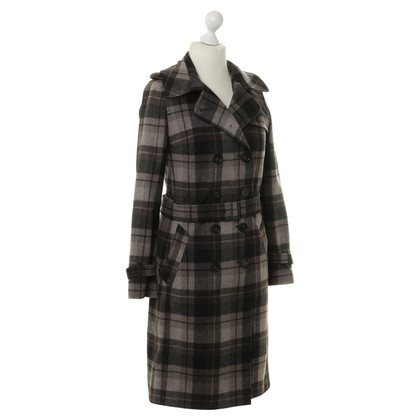 Turnover Coat with plaid pattern