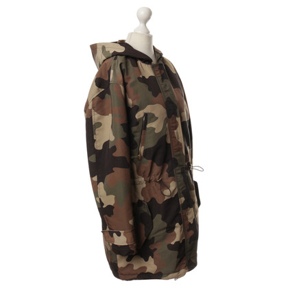 Michael Kors Parka in camouflage