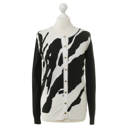 Pierre Balmain Cardigan with pattern