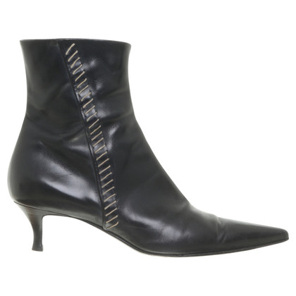 Sergio Rossi Ankle boots with decorative stitches