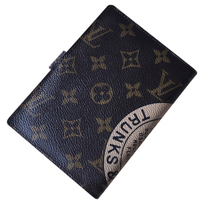 Louis Vuitton Agenda in Monogram