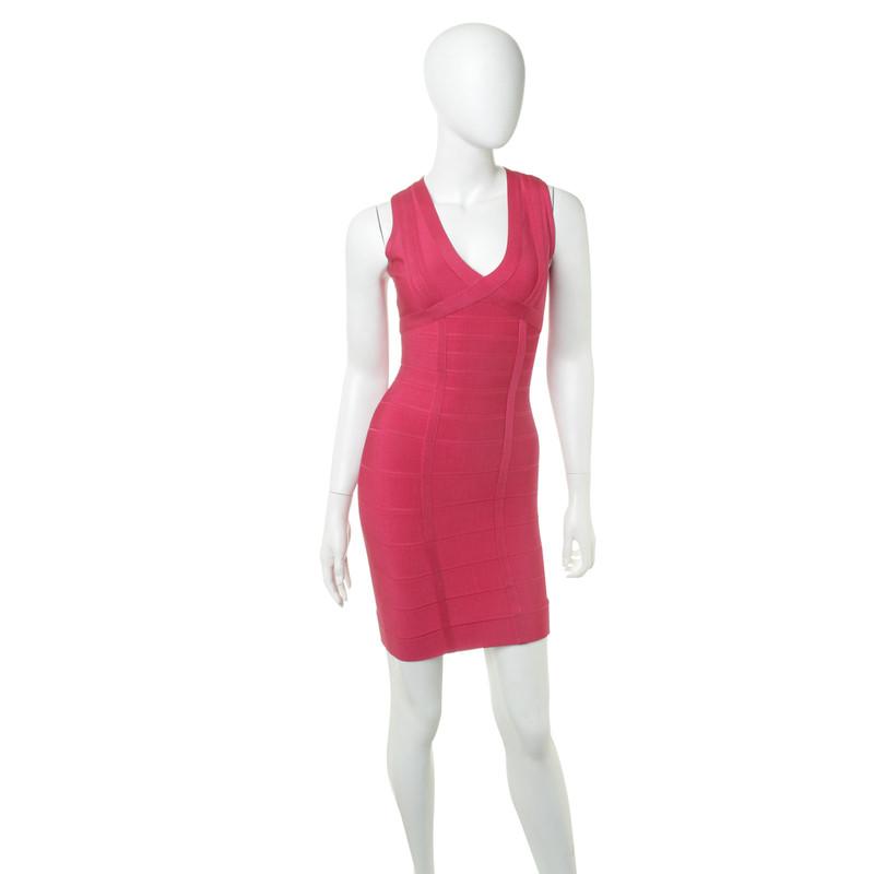 herv l ger kleid in pink second hand herv l ger kleid in pink gebraucht kaufen f r 200 00. Black Bedroom Furniture Sets. Home Design Ideas