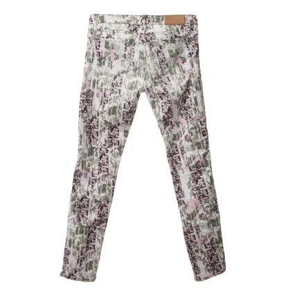 Iro Jeans mit kreativem Print
