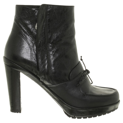 Navyboot Ankle boot with lacing