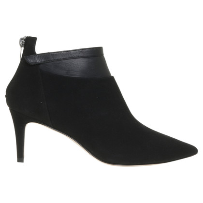Pura Lopez Suede ankle boot