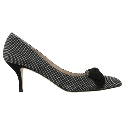Pura Lopez Pumps with Houndstooth pattern