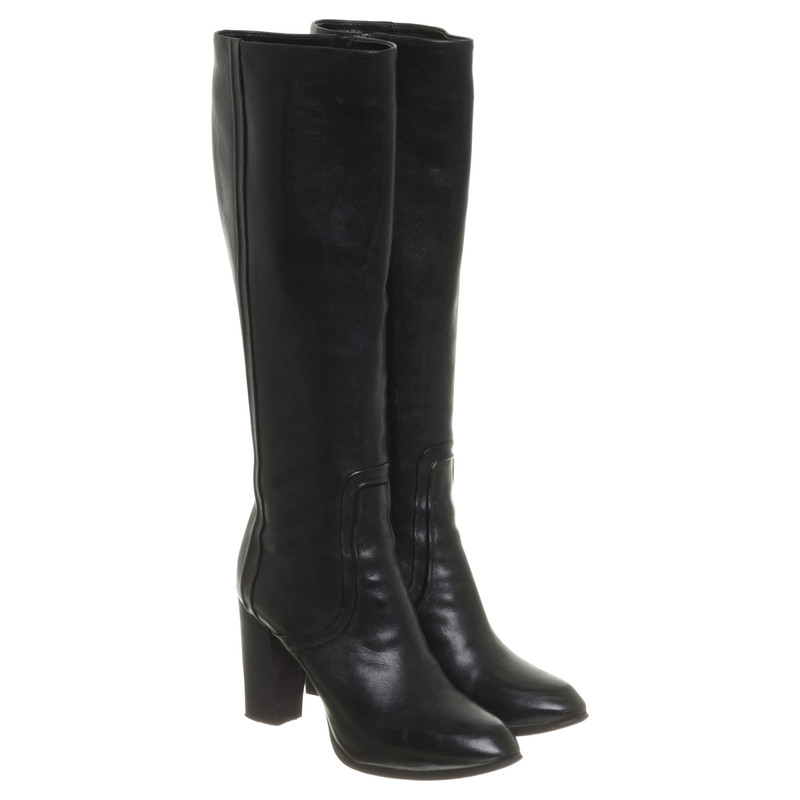 Costume National Smooth leather boots in black