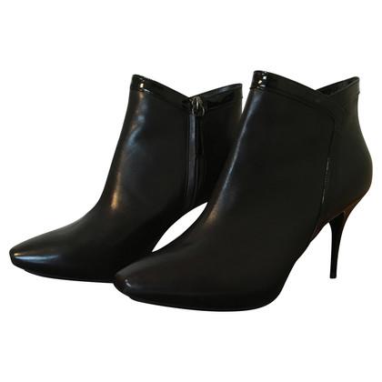 Alexander McQueen Schwarze Boots