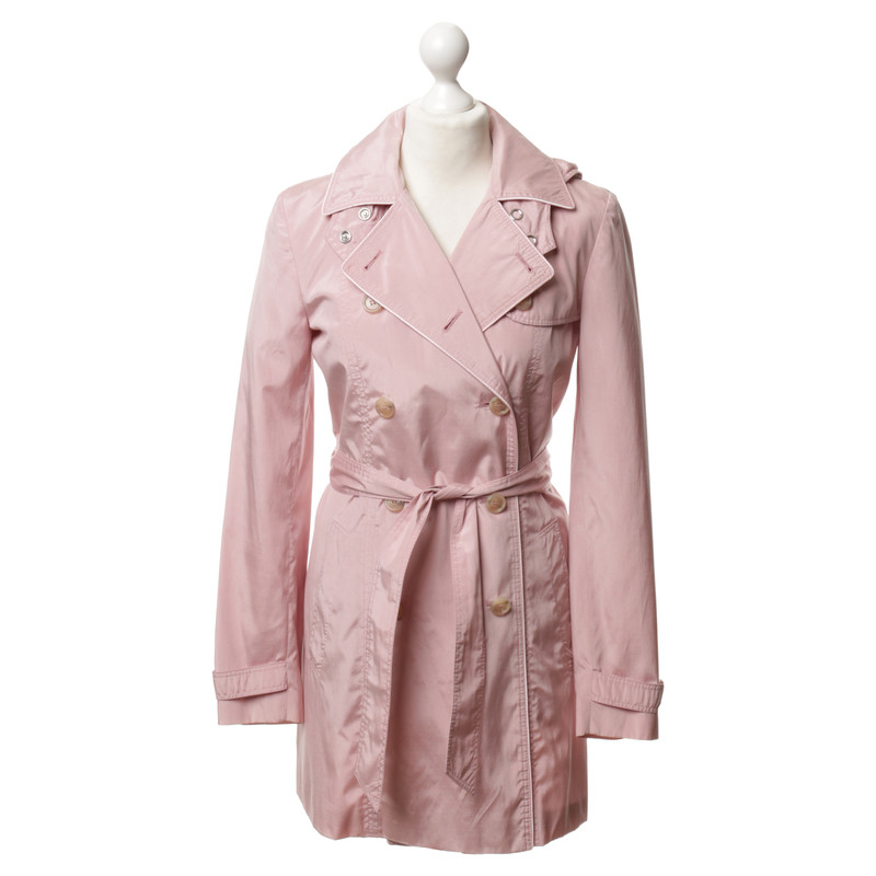 hugo boss trenchcoat in rosa second hand hugo boss trenchcoat in rosa gebraucht kaufen f r 160. Black Bedroom Furniture Sets. Home Design Ideas