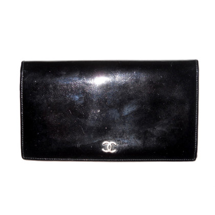 Chanel Lange Wallet Patent Leather
