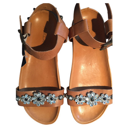 Marc Cain Embroidered sandals with plateau