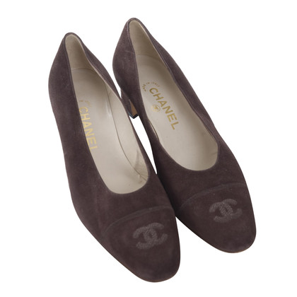 Chanel Ongedragen! suede pumps
