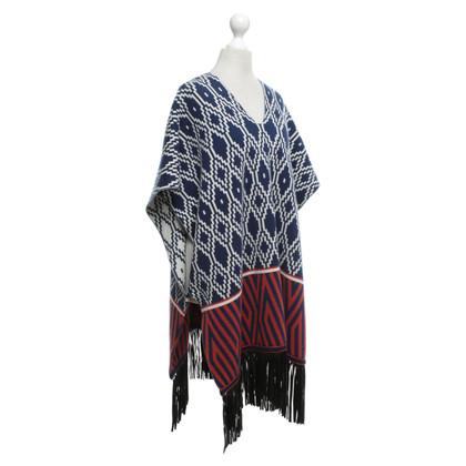 Antonia Zander Poncho with pattern
