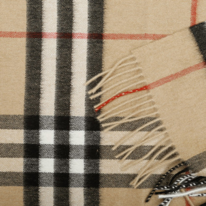 Burberry Cashmere scarf with Nova check pattern