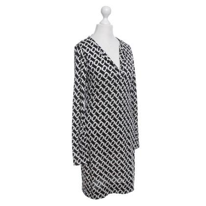 Diane von Furstenberg Seidenkleid in Schwarz/Weiß