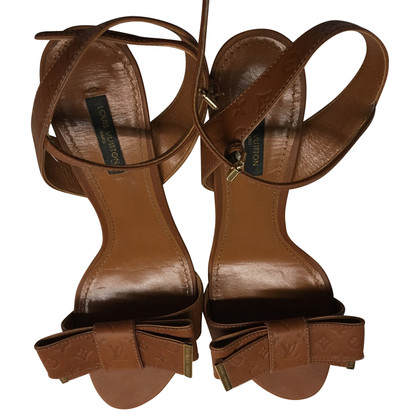 Louis Vuitton Sandalen in bruin