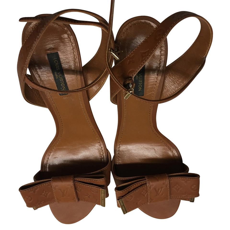 Louis Vuitton Sandaletten in Braun