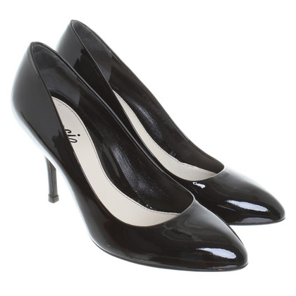 Gucci pumps in black patent leather