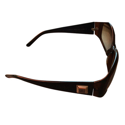 Givenchy Sunglasses in brown
