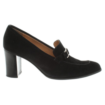 Hermès Wildlederpumps in Schwarz