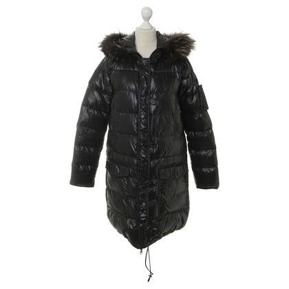 Duvetica Black beneden coat