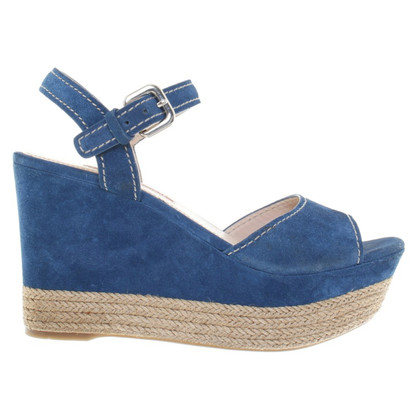 Prada Wedges aus Wildleder in Blau