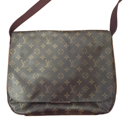"Louis Vuitton ""Beaubourg MM Monogram Canvas"""