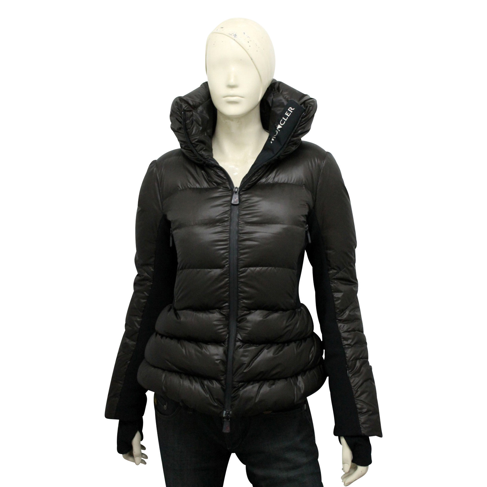 Moncler JackeMantel in Braun Second Hand Moncler Jacke