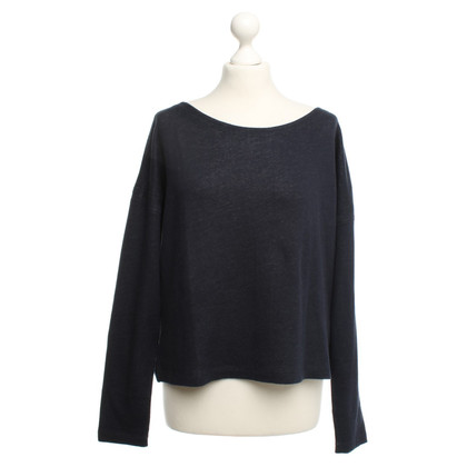 Juvia top in dark blue