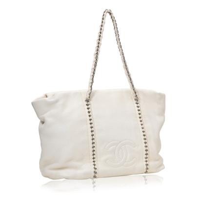 Chanel Leather Chain Shoulder Bag