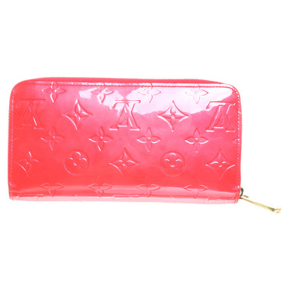 Louis Vuitton Patent leather wallet in red